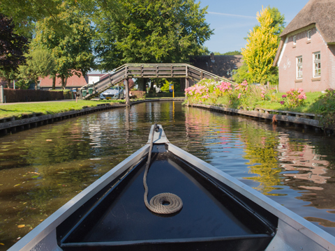 Secret Hotel omgeving Giethoorn 3*